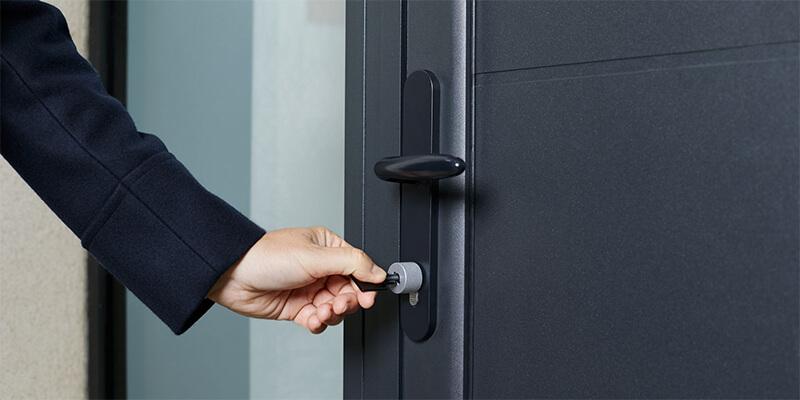 Residential Door Locks – Why Do People Install Door Locks?